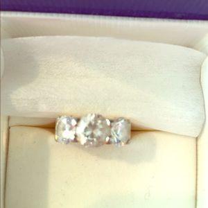 "Jewelry - ""diamond""ring."
